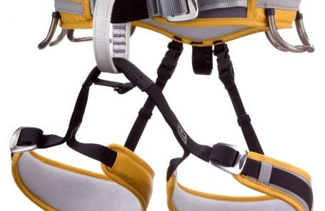 Black Diamond Momentum Al and SA Climbin Harness Review