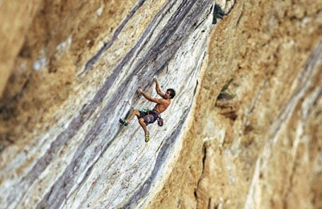 Perfect Play: What It Took to Climb La Dura Dura (5.15c) - The World's Hardest Route