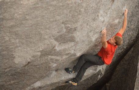 Nalle Hukkataival Repeats Singularity (V14) a Decade After First Ascent
