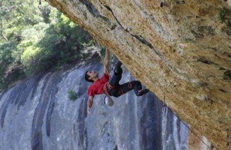 Ramonet Sends Sharma's Tierra Negra (5.14d/.15a) Second Try