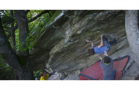 Dave Graham Cranks the Second Ascent of The Full Circle (V14)