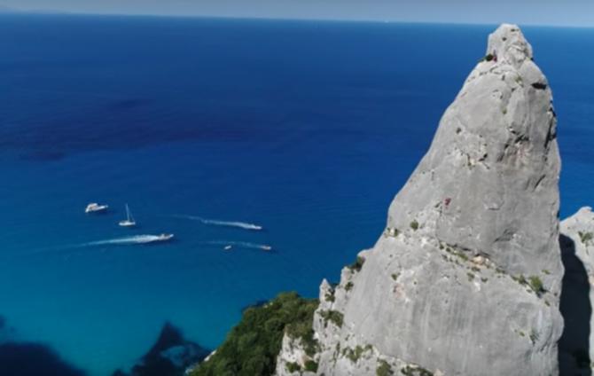 Spire Climbing in Sardinia