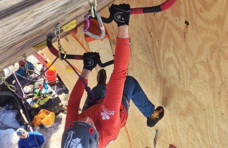 Coloradans Dominate at 2018 North American Ice Climbing Championships