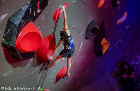 Golds For Kruder and Nonaka at First Bouldering World Cup of 2018 in Meiringen