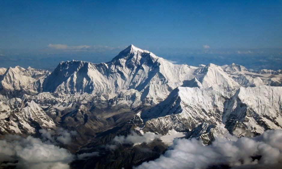 Mount Everest as seen from Drukair2 PLW edit e1527787477914